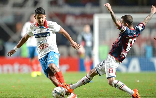 Leandro Romagnoli jogo San Lorenzo x Nacional-PAR final Libertadores (Foto: EFE)