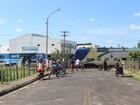 Metrô descarrila, atravessa avenida e destrói parte de terminal em Teresina