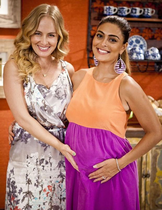 Angélica entrevista Juliana Paes durante a gravidez (Foto: Divulgação/Deborah Montenegro)