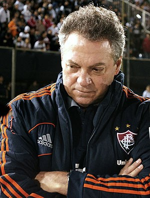 Abel Braga jogo Fluminense Olimpia (Foto: AFP)