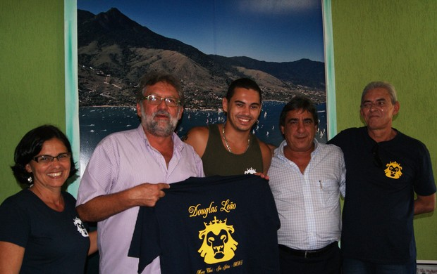 Douglas Leão se reúne com prefeito de Ilhabela antes da viagem (Foto: Gustave Gama/PMI)