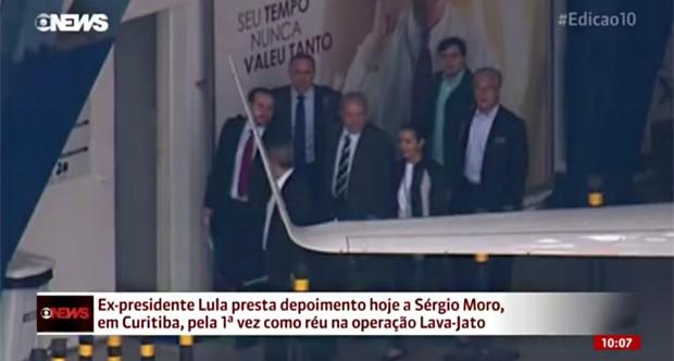 Lula saindo de São Paulo (Foto: Reprodução/GloboNews)