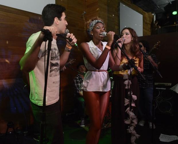 Gustavo Fagundes, Késia Estácio e Liah Soares (Foto: The Voice Brasil/TV Globo)