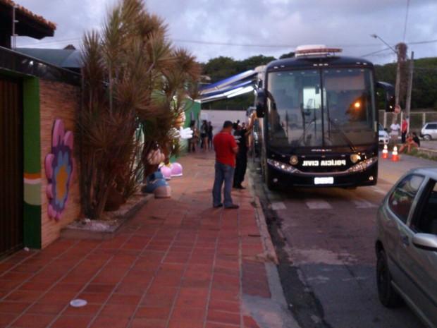 Blitz aconteceu na avenida Walter Duarte, em Capim Macio (Foto: Divulgação/Polícia Militar do RN)