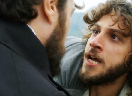 Joaquim desiste de Anna sob ameaça