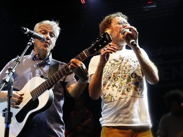 Caetano Veloso e Nado Reis em show no Rio (Foto: Felipe Assumpção/ Ag. News)