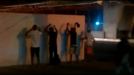 Grupo faz arrastão em ônibus e acaba preso durante ação em Teresina;vídeo