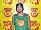 'O importante é curtir com os amigos', diz Caio Castro sobre o carnaval