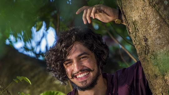 'Velho Chico' em minutos: reviva as emoções da novela em vídeo interpretado por Gabriel Leone