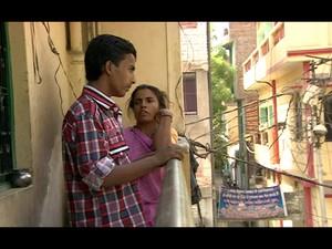 Após quase 20 anos separados, mãe e filho tentarão reconstruir sua família na Índia (Foto: Reprodução/ BBC)