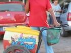 Maratonista de 64 anos treina vendendo picolés no ES