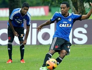 Elias treino Flamengo (Foto: Cezar Loureiro / Agência O Globo)