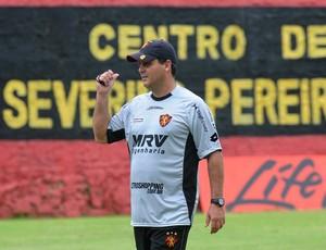 gustavo bueno sport (Foto: Aldo Carneiro / Pernambuco Press)