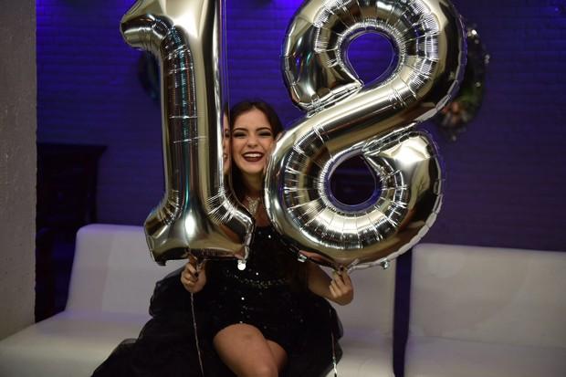 18 anos de Anna Rita Cerqueira  (Foto: Divulgação / Jana Quintella)