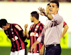 Vagner Mancini Corinthians e Atlético-PR (Foto: Marcos Ribolli)