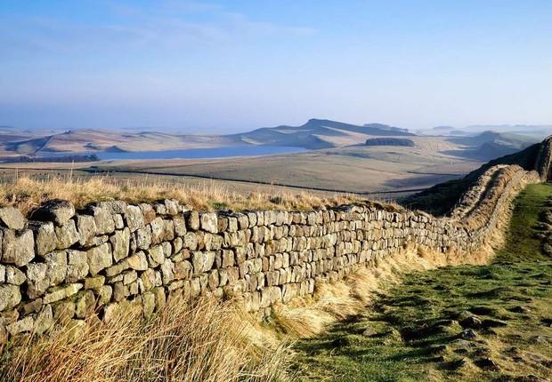Muralha de Adriano: locação histórica terá de passar por reforma no Reino Unido (Foto: Divulgação/English Heritage)