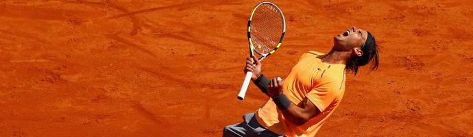 Rafael Nadal em quadra no Masters 1000 de Monte Carlo (Foto: Valery Hache / Getty Images)