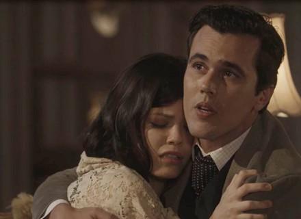 Maria Vitória passa mal durante jantar e Vicente a leva para casa de Reinaldo