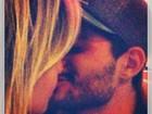 Ex-BBB André se declara para Fernanda: 'Que venham muitos beijos'
