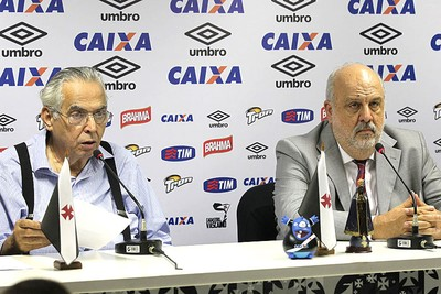 Eurico Miranda e Paulo Reis Coletiva Vasco (Foto: Marcelo Sadio / Vasco.com.br)