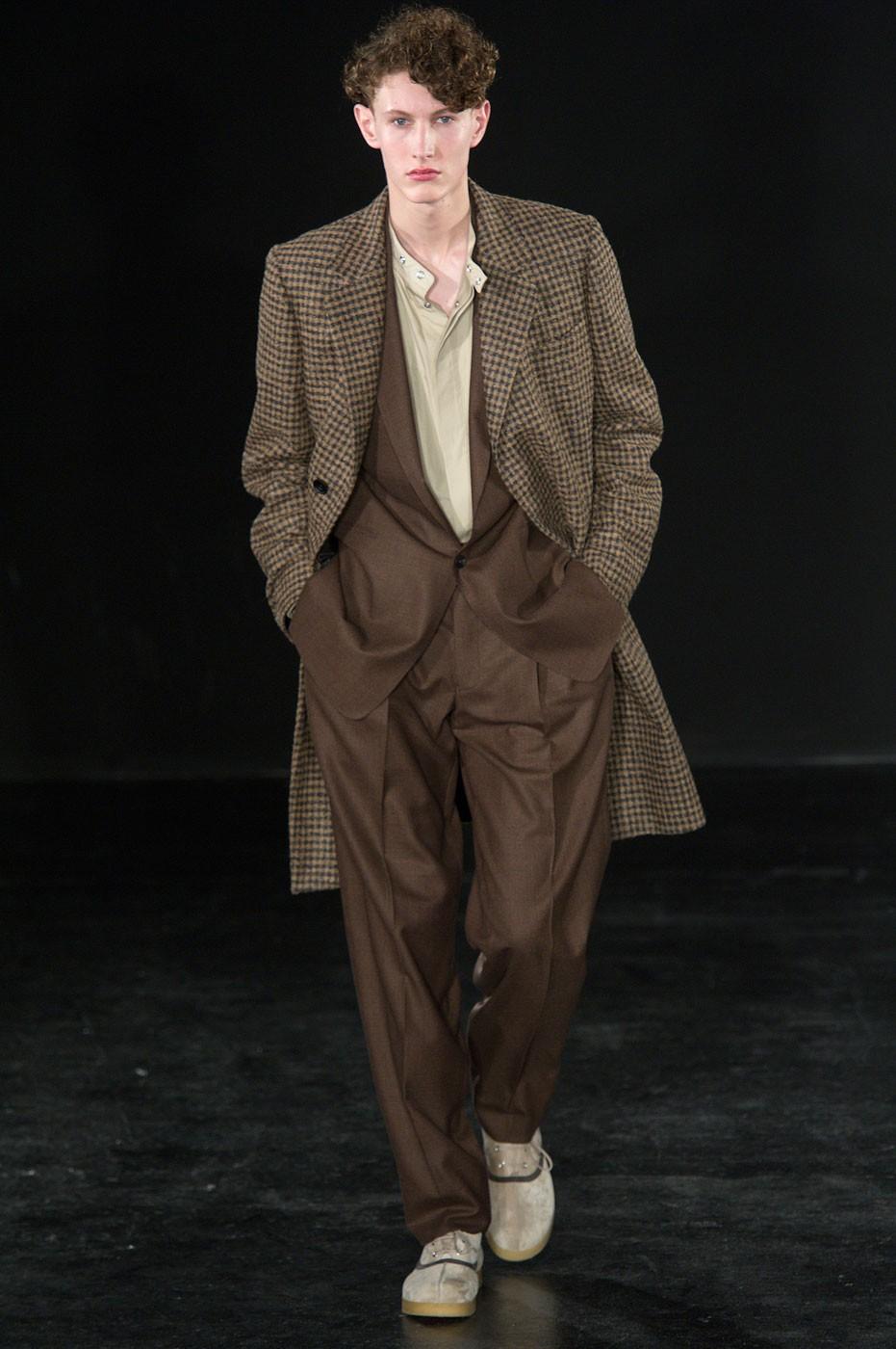 E. Tautz - Semana de Moda de Londres 2017 (Foto: Imaxtree)