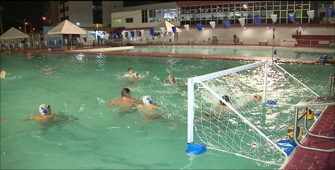Time de polo aquático do Grêmio Cief (Foto: Reprodução / TV Cabo Branco)