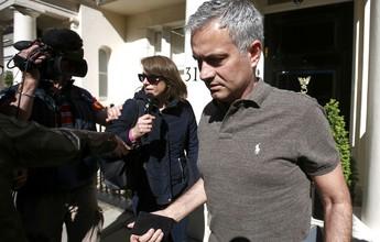 Elenco do United foi informado da chegada de Mou após título, diz jornal