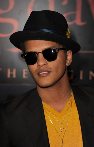 Bruno Mars na première de 'Amanhecer' em Los Angeles, nos Estados Unidos (Foto: Getty Images/ Agência)