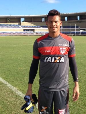 Lucas CRB (Foto: Jota Rufino/GloboEsporte.com)