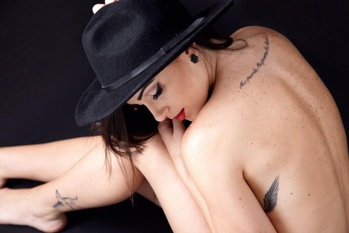 Gabe Cardoso coleciona seis tatuagens  (Foto: Arquivo Pessoal )