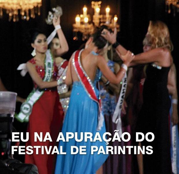 Meme lembra as disputas entre os bumbás do Festival de Parintins, que têm as cores azul e vermelho (Foto: Reprodução/internet)