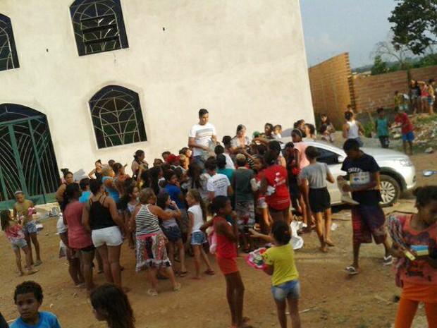 Divinópolis, presentes, distribuição, brinquedos, crianças, carentes, natal (Foto: ESF/Divulgação)