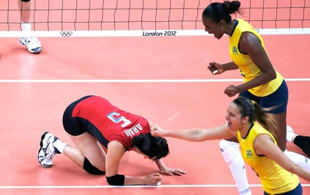 Erika, Vôlei, Brasil e Japão (Foto: Agência Reuters)