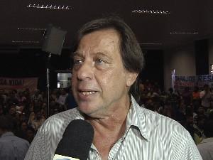 Professor do Instituto de Energia e Ambiental da Universidade de São Paulo (USP), Célio Bermann (Foto: Reprodução/TV Tapajós)