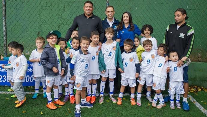 Ronaldo, academia, Fortaleza (Foto: Divulgação)