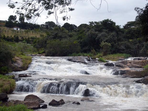 Extrema, Roteiros do Brasil, Sul de Minas, Parque Municipal, Cachoeira do Jaguari (Foto: Daniela Ayres/ G1)