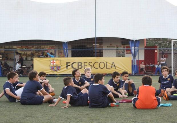 Escola do FC Barcelona no Brasil (Foto: Divulgação)