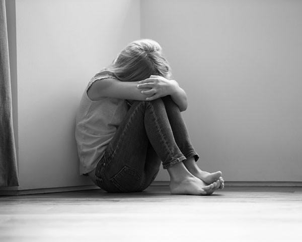 O crime de pedofilia só prescreve 20 anos após a vítima completar 18 (Foto: Thinkstock)