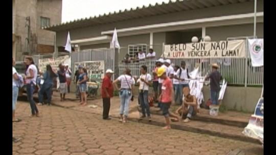 Manifestantes desocupam prédio da Casa de Governo, em Altamira