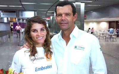 Martine Gral e Torben Grael, desembarque Rio (Foto: Leonardo Filipo)