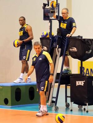 Zé Roberto treino brasil Vôlei Feminino (Foto: Alexandre Arruda / CBV)
