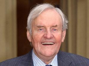 Richard Briers, em foto de 2003 (Foto: AP/Kirsty Wigglesworth)