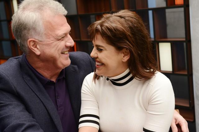 Pedro Bial recebe Bárbara Paz em seu programa no GNT (Foto: Eliana Rodrigues)