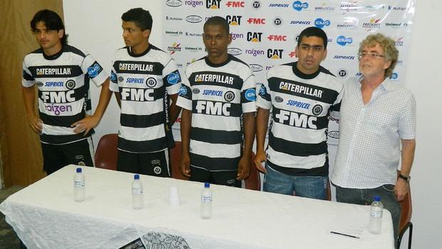 Jogadores do XV dePiracicaba para o Paulistão (Foto: Guto Marchiori/Globoesporte.com)