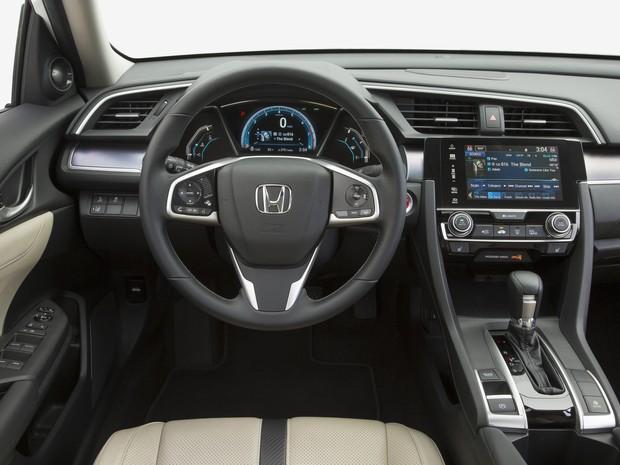 Honda Civic Touring (Foto: Divulgação)