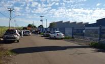 Quadrilha assalta três empresas e mantém funcionários reféns por 12h (André Natale/EPTV)
