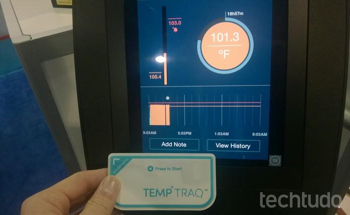 TempTraq mede a temperatura da criança e manda para o smartphone dos pais (Foto: Elson de Souza / TechTudo)