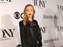 Scarlett Johansson e mais famosos vão ao Tony Awards
