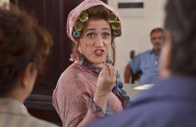 Como Dona Hermínia, personagem que veio do teatro para a TV (FOTO: Divulgação)