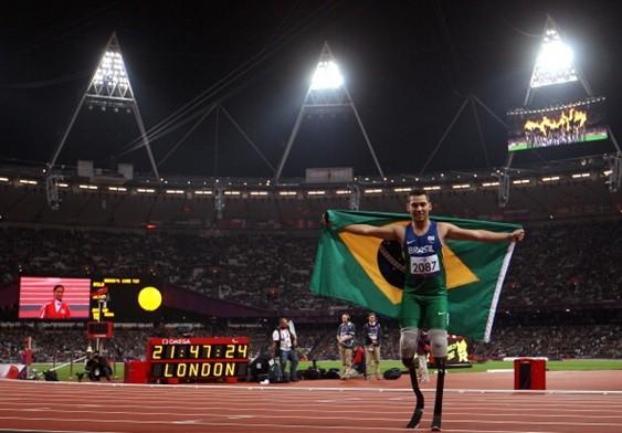 Alan Fonteles é um dos melhores velocistas do mundo com grandes chances de ganhar medalhas  (Foto: Divulgação)